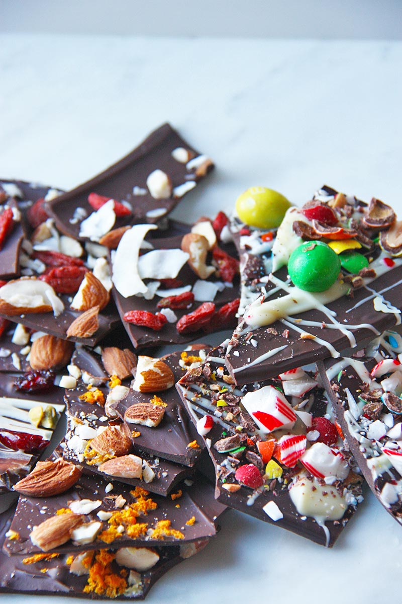 chocolate bark four ways www.thehomecookskitchen.com so easy to make, and make the perfect gift! Customize them as you wish!