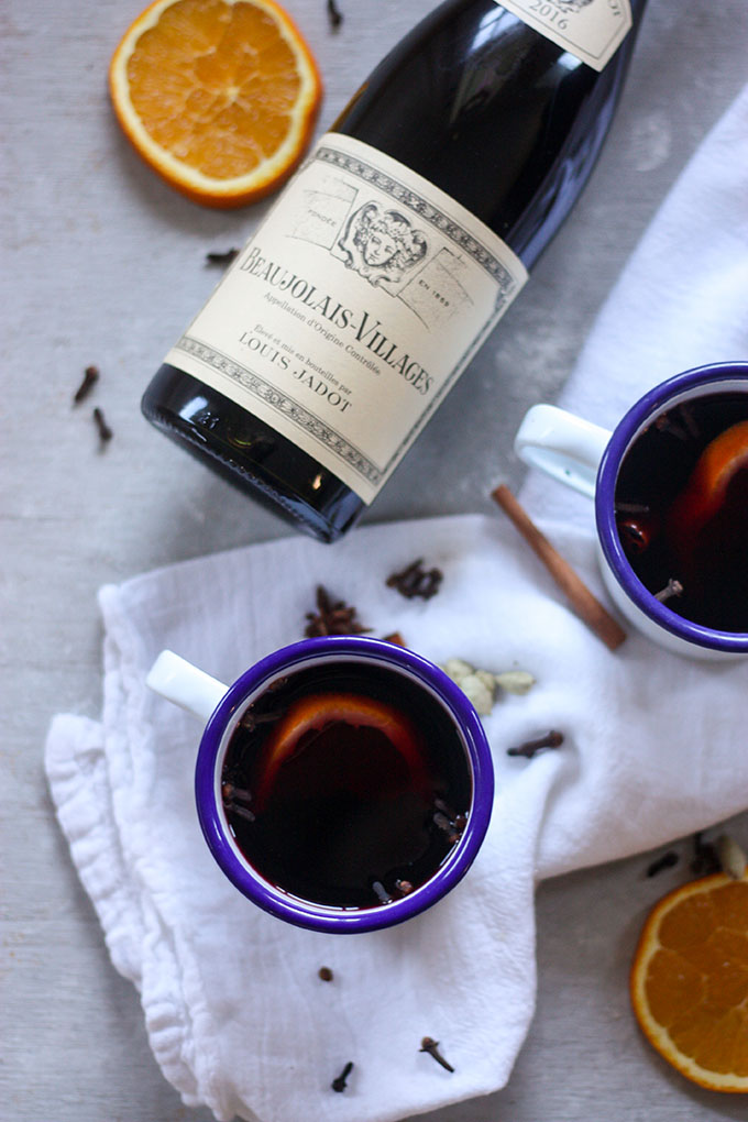 Mulled Wine - the perfect addition to your Christmas celebrations www.thehomecookskitchen.com