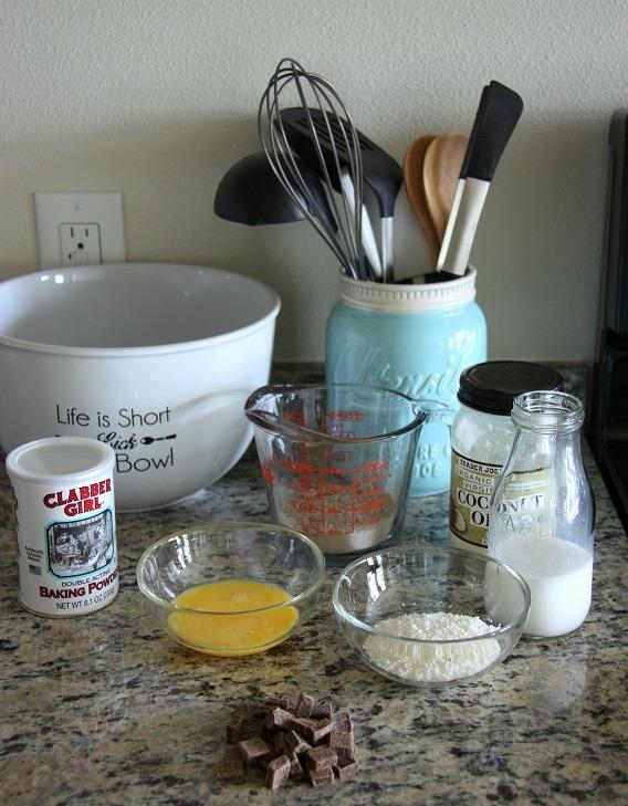 chocolate buckwheat pancakes www.thehomecookskitchen.com