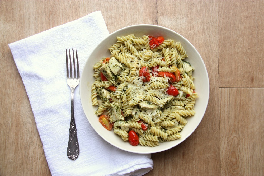 creamy chicken pesto pasta