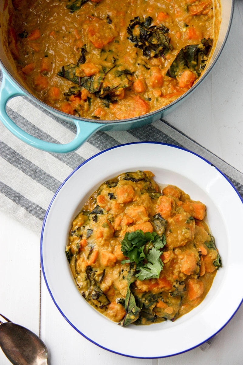 Sweet Potato, Lentil & Kale Curry www.thehomecookskitchen.com easy, weeknight, vegetarian curry