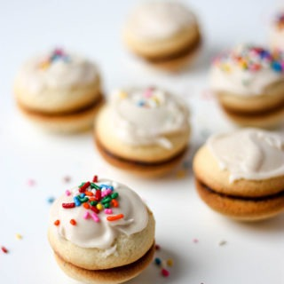 Vanilla Sandwich Cookies- light, fluffy, soft and so delicious! www.thehomecookskitchen.com