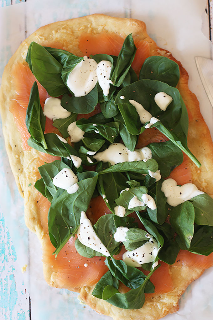 Smoked Salmon Pizza with spinach and sour cream www.thehomecookskitchen.com