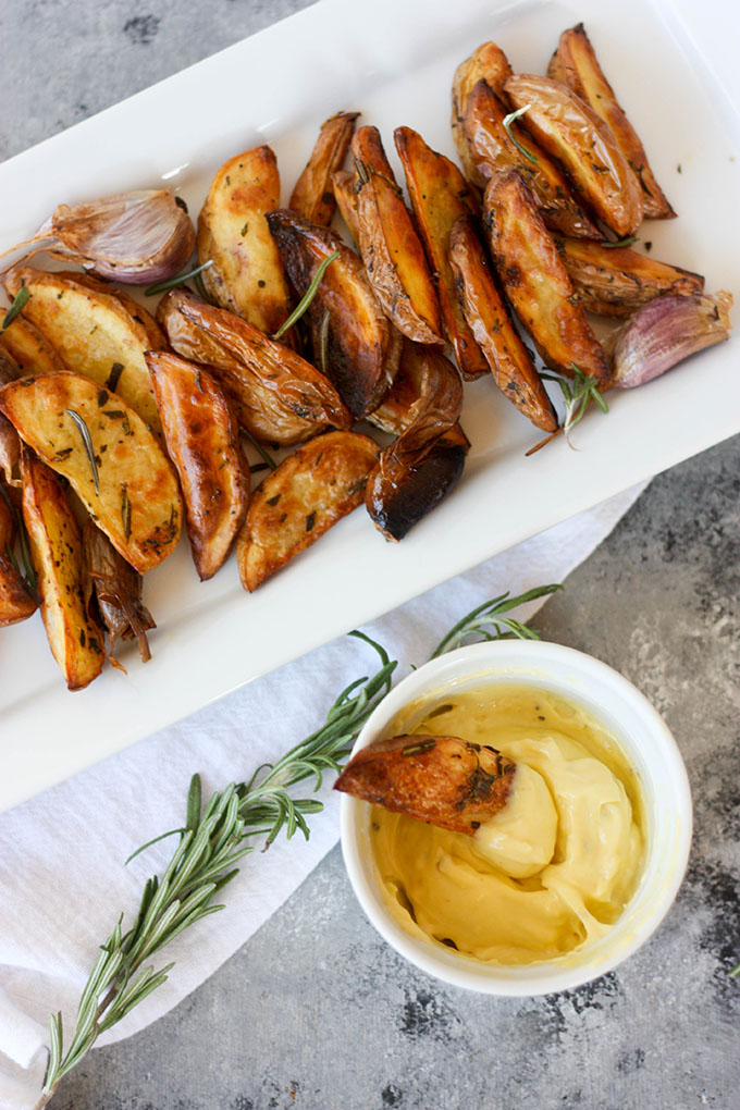 perfectly cooked and crispy Oven Baked Yukon Gold Rosemary Fries www.thehomecookskitchen.com