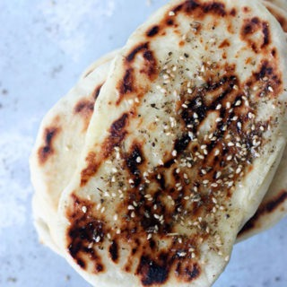 za'atar naan bread light fluffy and crunchy on the outside www.thehomecookskitchen.com