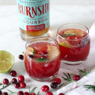 Cranberry Rosemary Bourbon Cocktails- perfect for the festive season www.thehomecookskitchen.com