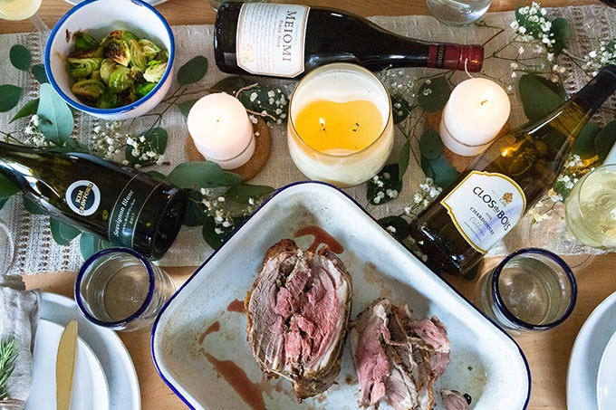 overhead boneless lamb roast with wine and sides