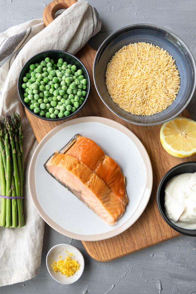 smoked salmon pasta ingredients