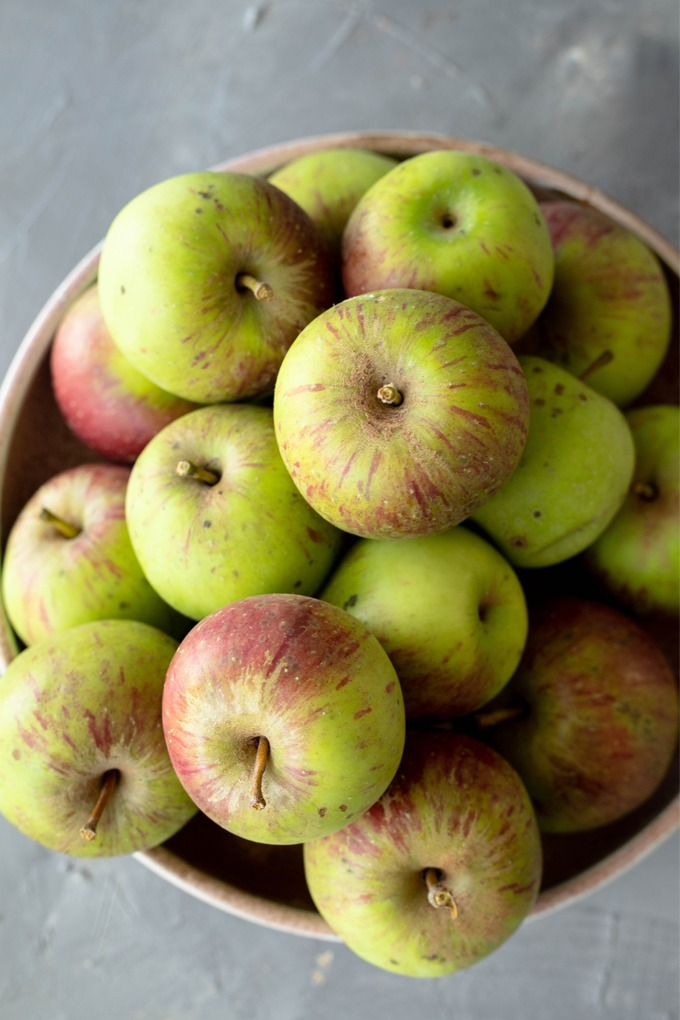 apples in large bowl